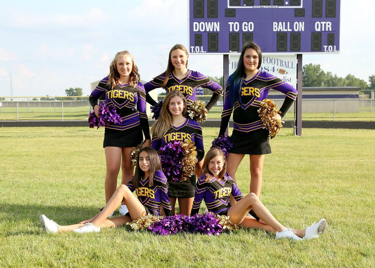 Junior High 8th Grade Football Cheerleaders